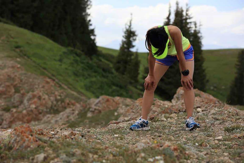 Nutrixeal coureuse de trail épuisée